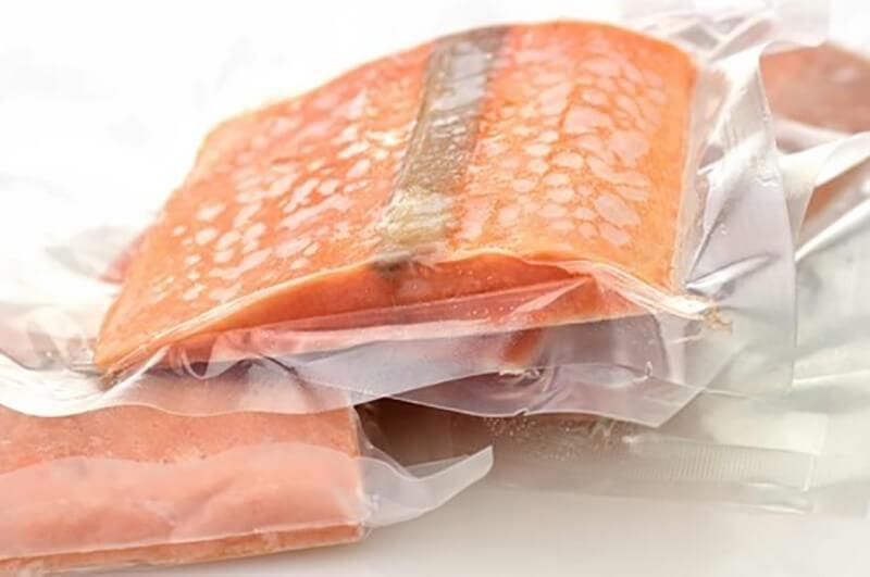 Thực phẩm được hút chân không để bảo quản lâu hơn