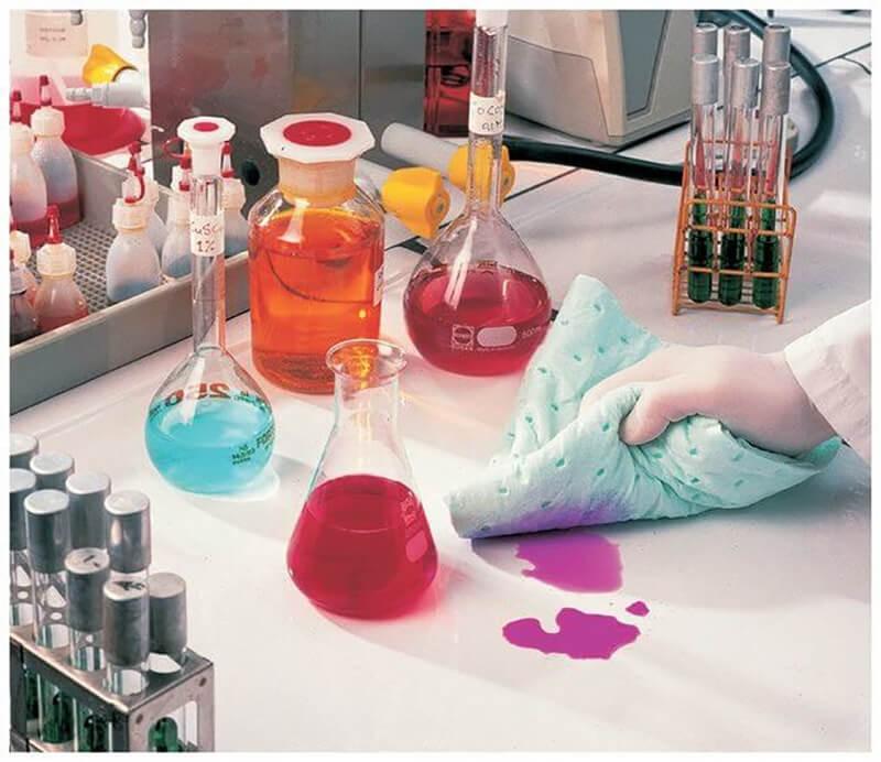 Kỹ thuật an toàn hóa chất trong phòng thí nghiệm chảy ra ngoài