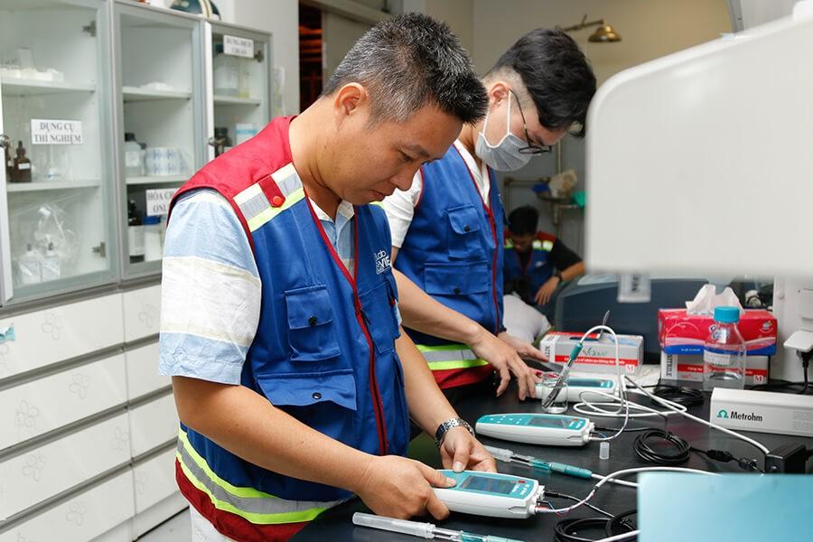 LabVIETCHEM bàn giao thiết bị phòng thí nghiệm tại nhà máy Nhiệt điện