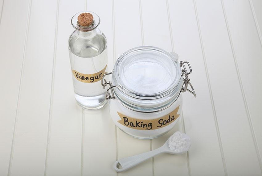 Baking soda là sản phẩm tẩy trắng nhôm hiệu quả