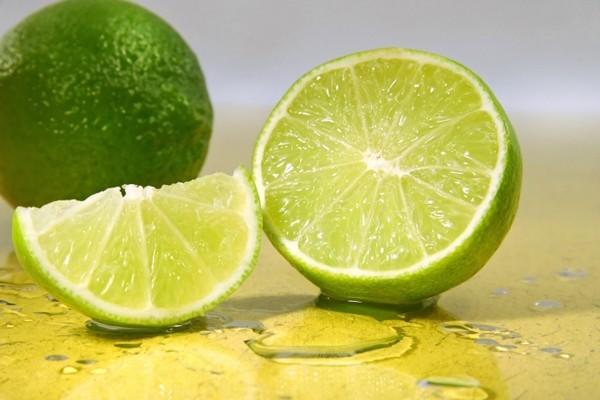 Axit citric có nhiều trong chanh