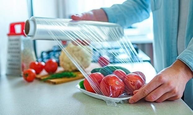 Màng bọc PE được sử dụng để bọc thực phẩm