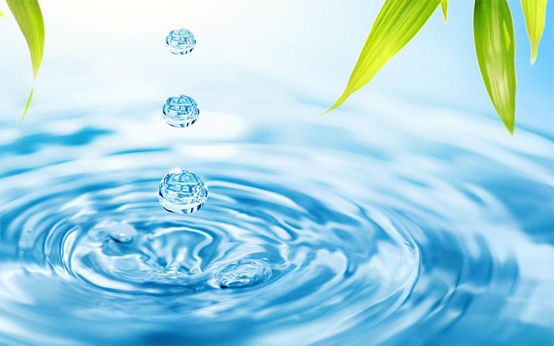 Nước cất tinh khiết thu được bằng cách chưng cất