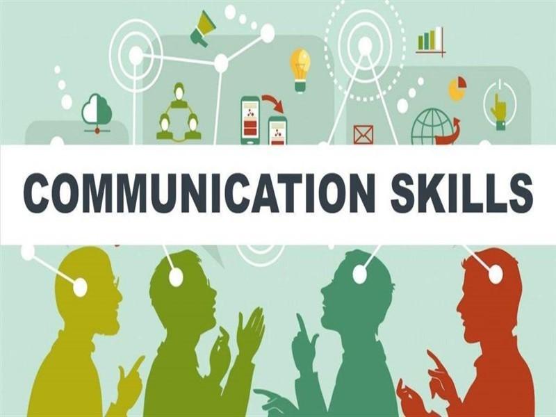 nhân viên hành chính nhân sự và kỹ năng giao tiếp