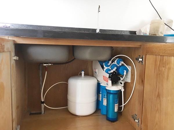 Máy lọc nước Karofi KT-K9I-1A lắp dưới gầm bồn rửa bát