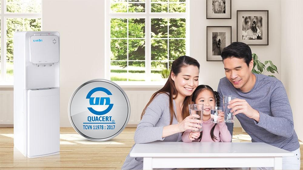 Cây nóng lạnh hút bình Karofi HC19 an toàn, tiết kiệm cho cả gia đình