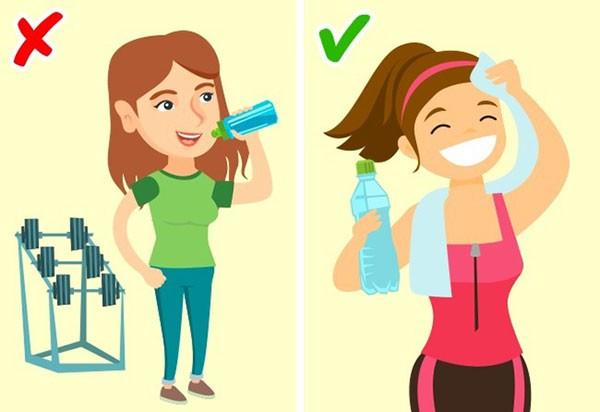 Không uống nhiều nước khi tập thể dục