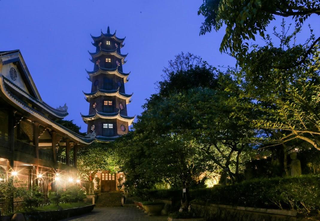 Tháp Vân Long 1