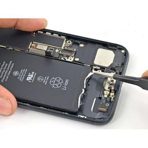 Thay Pin iPhone 8 plus chính hãng