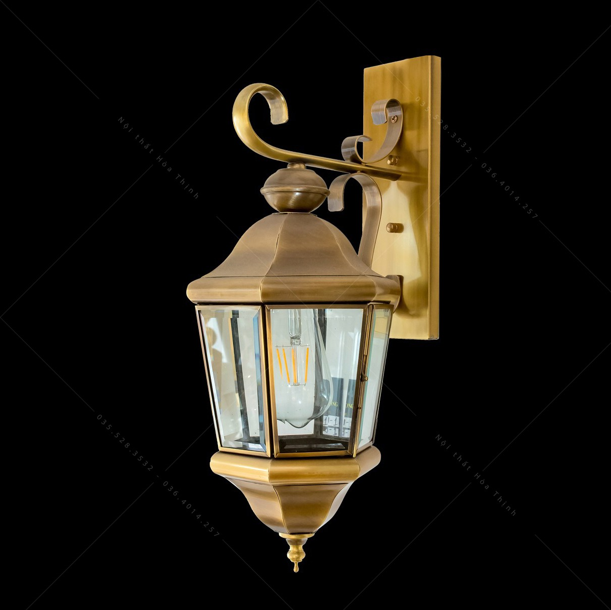 Đèn treo tường bằng đồng ngoại thất HTML-B6009-1