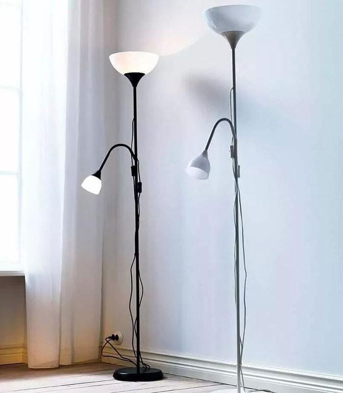 Tính ứng dụng của đèn cây phòng khách