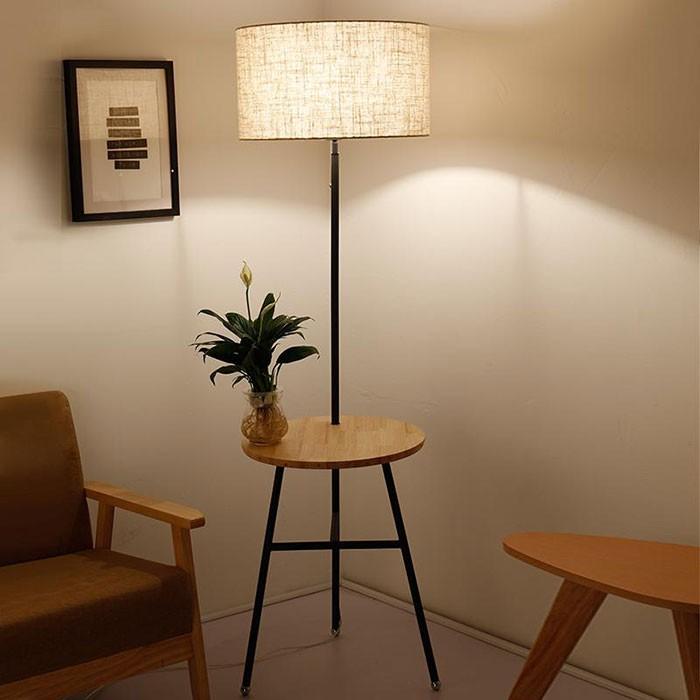 Đèn cây tích hợp bàn trang trí phòng ngủ - Đèn cây đứng