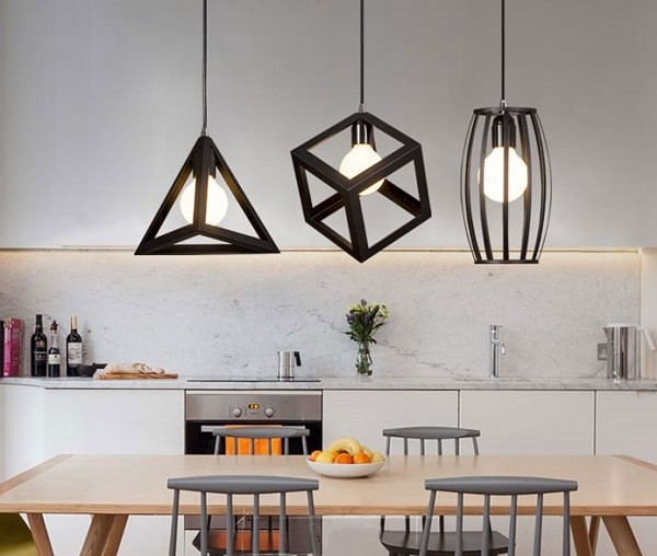 Đèn trang trí bàn ăn trong nhà bếp