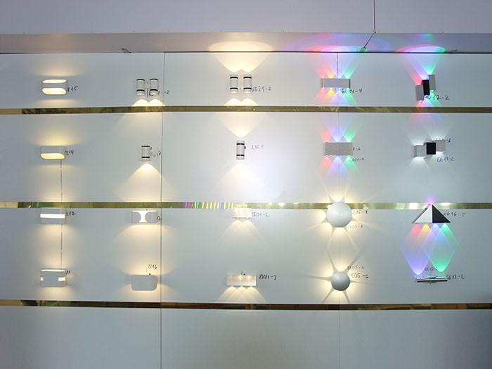 đèn LED hắt tường 2 đầu