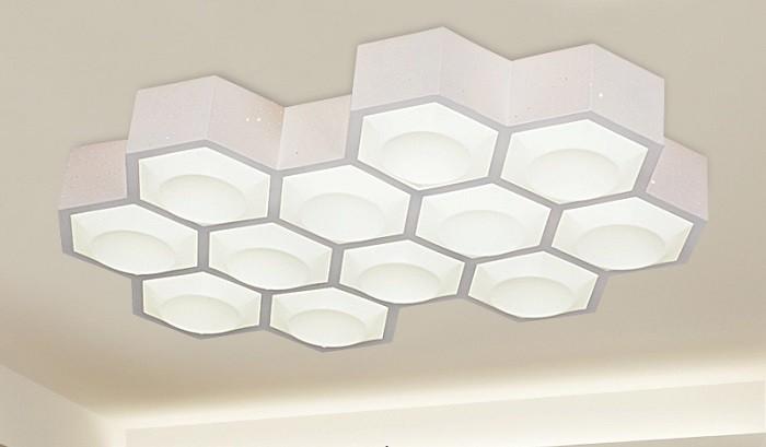 Đèn trần phòng khách ốp tường
