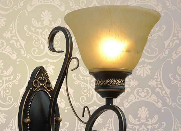 Đèn tường phòng khách có chụp đèn - Đèn treo tường
