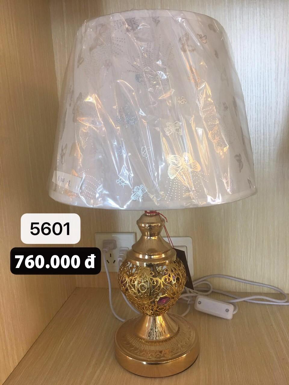 Đèn bàn ngủ đẹp HTDB-5601