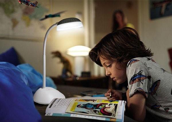 Đèn Bàn Philips Kapler LED