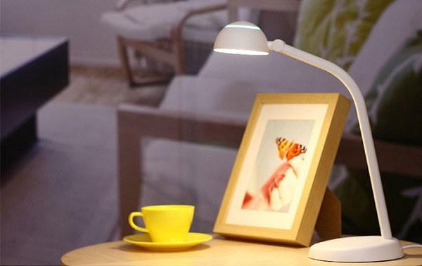 Đèn bàn LED Philips Taffy