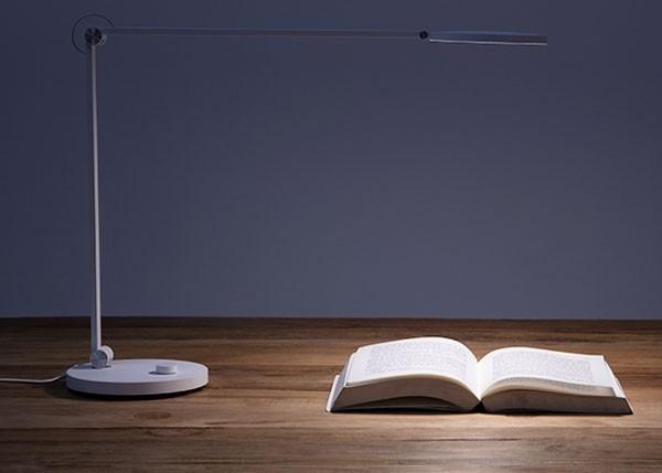 đèn bàn xiaomi philips