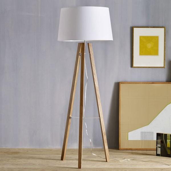 Đèn cây trang trí góc sofa gỗ - Đèn cây để góc sofa gỗ