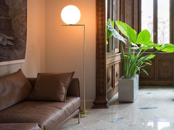 Đèn cây trang trí góc sofa - Đèn cây để trang trí góc sofa inox