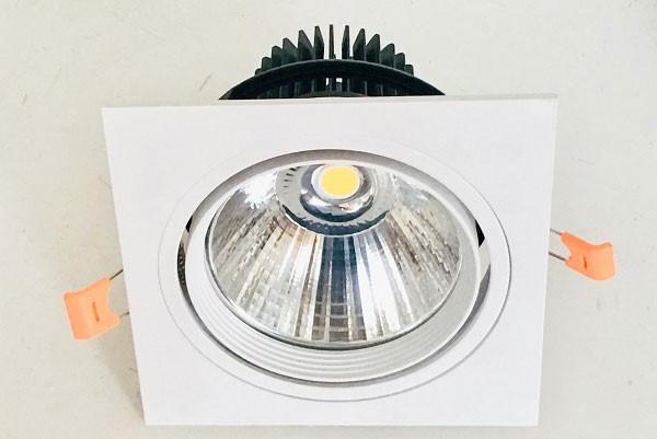 Đèn LED downlight âm trần mặt vuông- Đèn Âm Trần