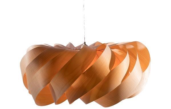 Hình ảnh đèn thả trần bằng gỗ xoay- Đèn gỗ thả trần