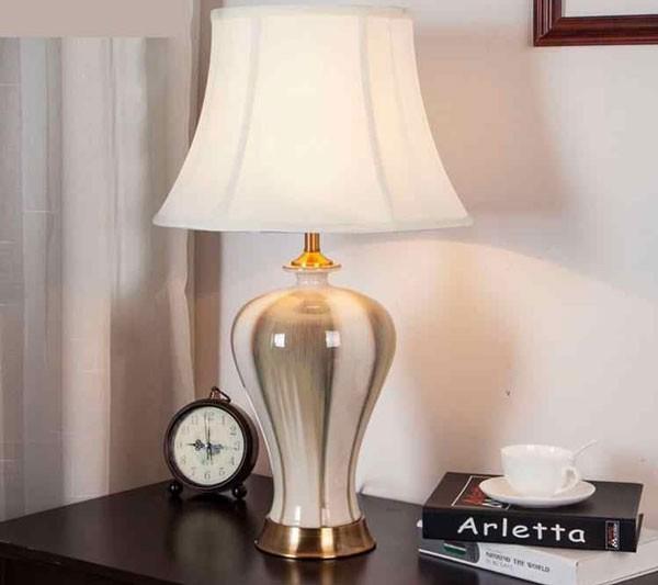 Đèn gốm phòng ngủ - Đèn để bàn