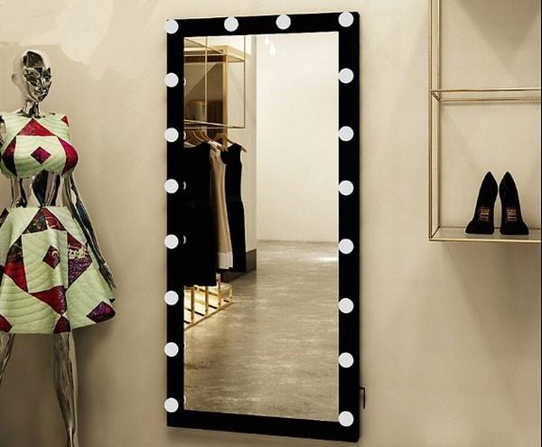 Đèn chiếu gương shop quần áo - Đèn gương shop quần áo