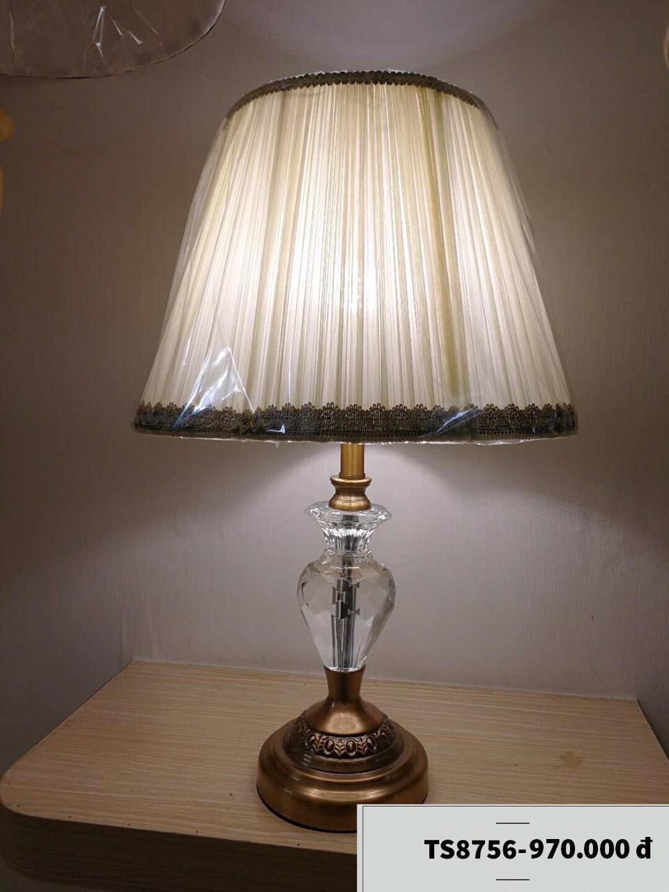 Đèn để bàn giá rẻ HTDB-8756