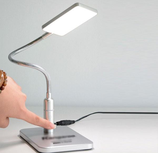 Đèn học LED để bàn Kangaroo