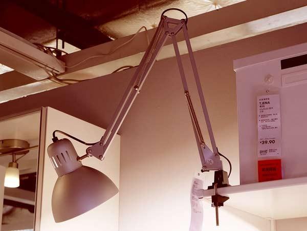 Đèn kẹp bàn học Ikea - Đèn trang trí kẹp bàn học sinh Ikea- Đèn Bàn