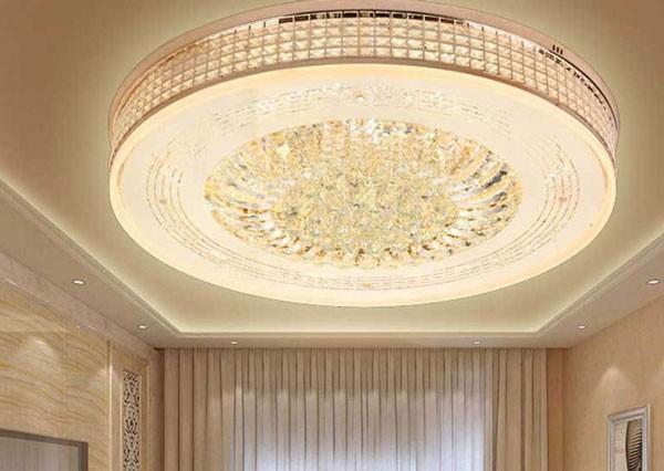 Đèn mâm ốp trần trang trí phòng khách pha lê