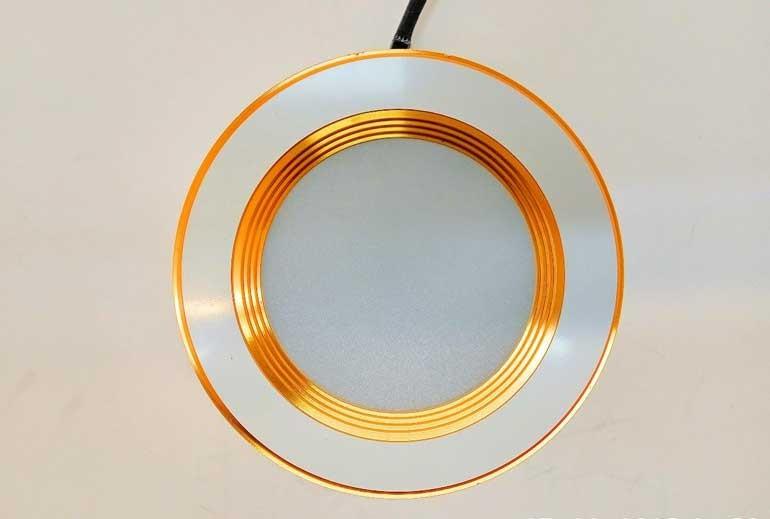 Đèn LED âm trần 3 màu viền vàng - Đèn âm trần LED 3 màu viền vàng- Đèn âm trần
