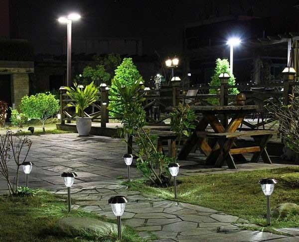 Đèn led trang trí sân vườn - Đèn led trang trí ngoài trời