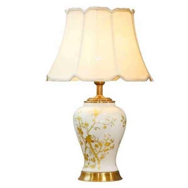 đèn trang trí nhà cổ