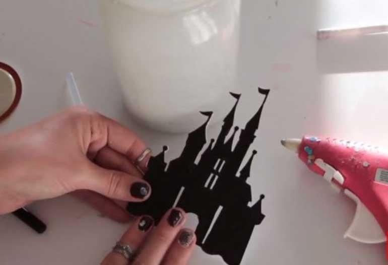 cách làm đèn trang trí bằng chai thủy tinh