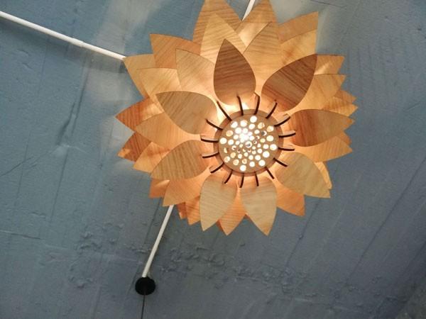 Đèn gỗ treo trần hoa sen - Đèn gỗ thả trần