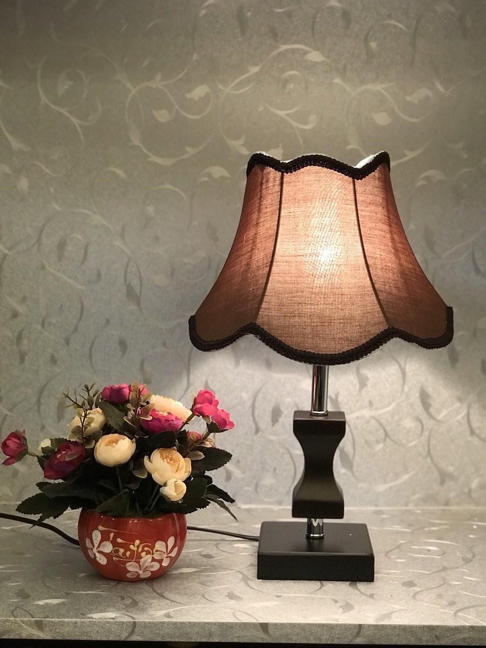 Đèn để bàn HTB-37