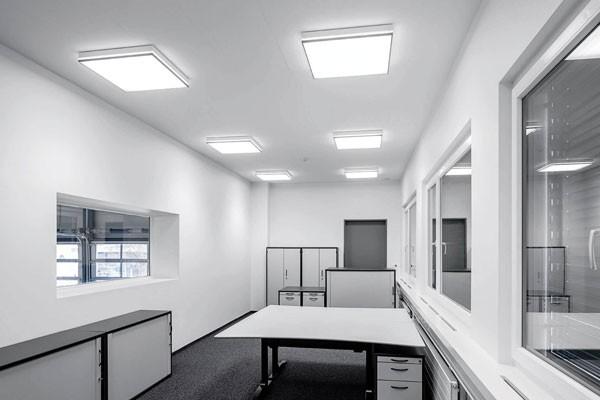 đèn ốp trần vuông trang trí văn phòng
