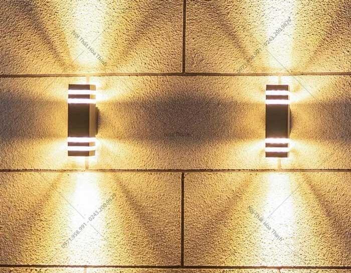 Mẫu đèn hắt tường 2 đầu