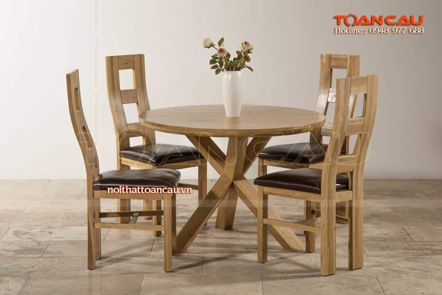 Cung cấp bàn ghế ăn bằng gỗ tốt nhất, chất lượng đảm bảo an toàn khi sử dụng.