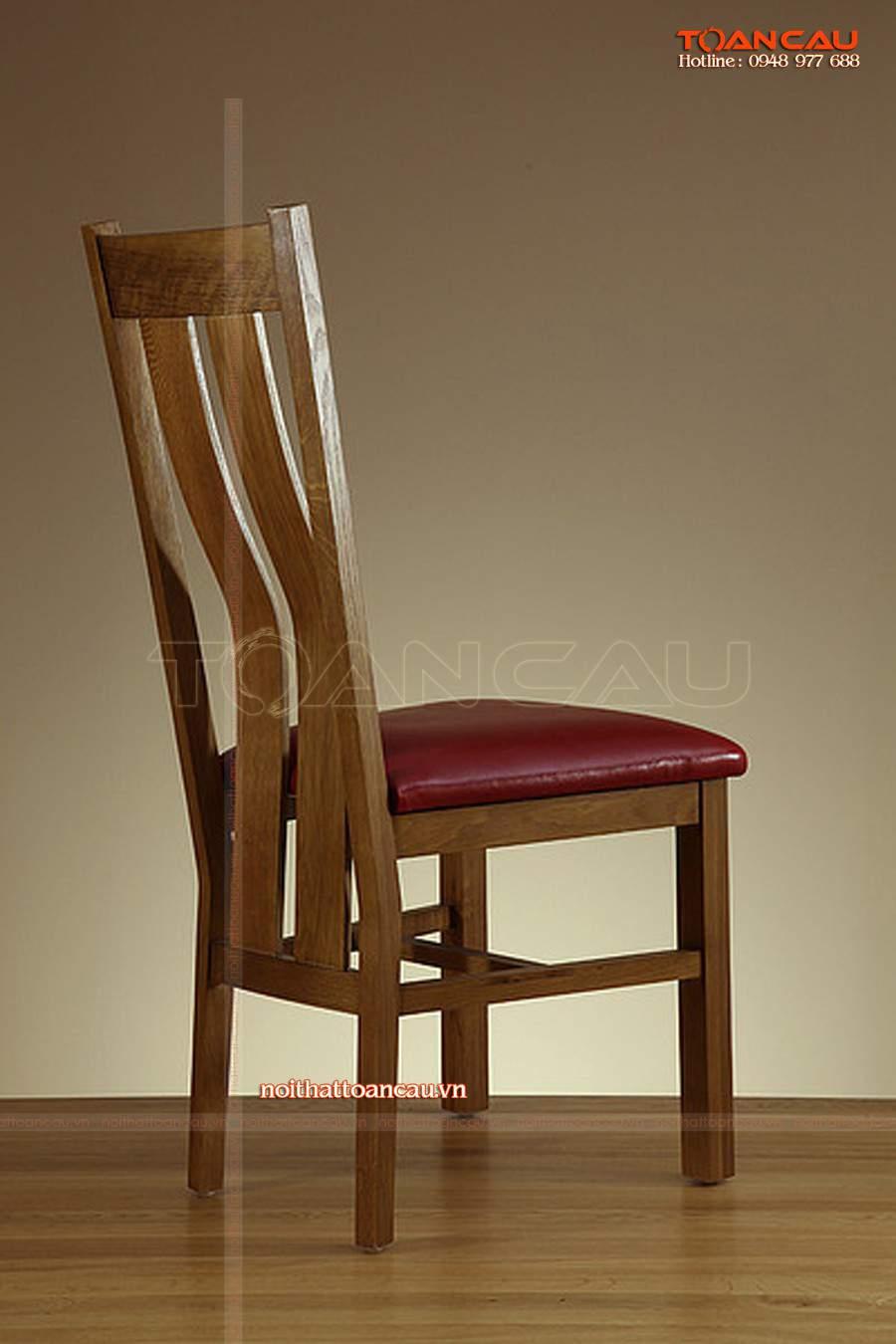 Ghế gỗ ngồi thiết kế cách điệu