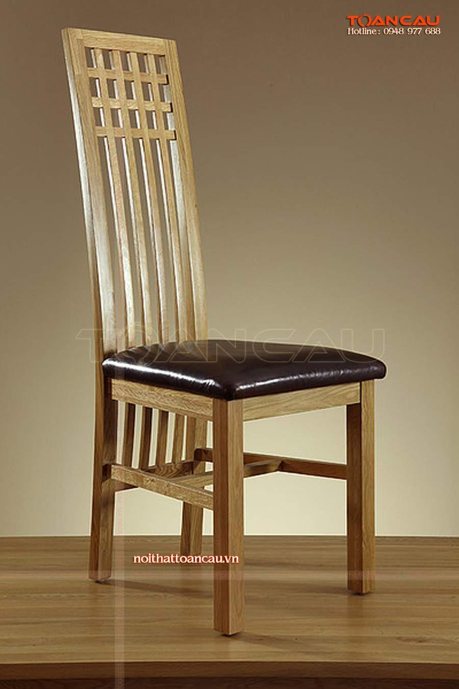 Ghế ăn làm bằng gỗ Sồi tốt nhất, chất lượng đảm bảo lâu dài khi sử dụng