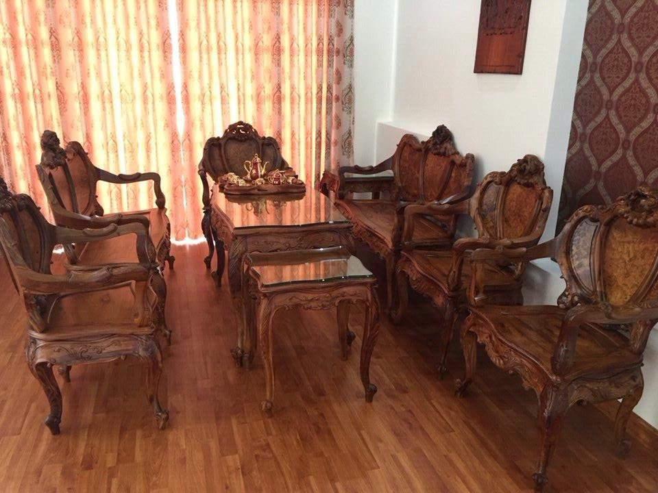 Mẫu bàn ghế gỗ cẩm lai – TC18134