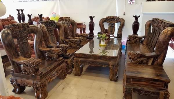 Mẫu bàn ghế gỗ mun – TC19124