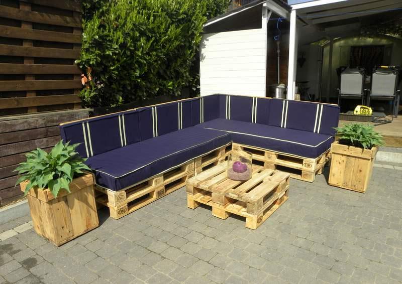 Bàn ghế gỗ thông pallet TC17144