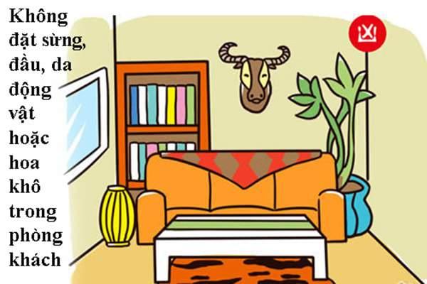 Cách bày trí phòng khách theo phong thủy không để hoa khô