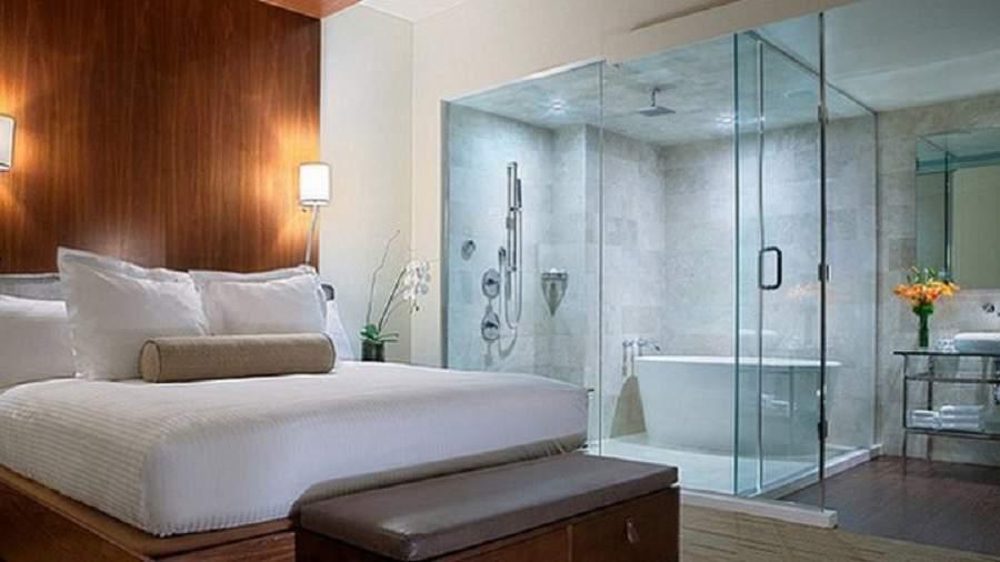 bố trí phòng tắm trong phòng ngủ không làm hướng mở
